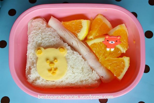Bento urso com laranja